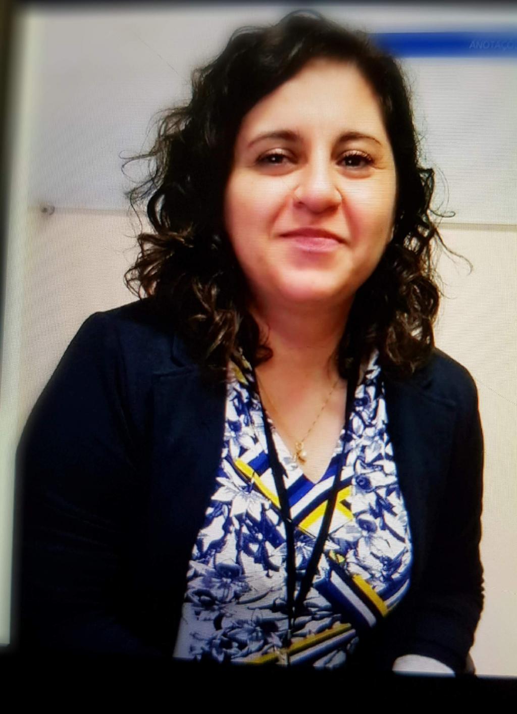 Renata Lobo