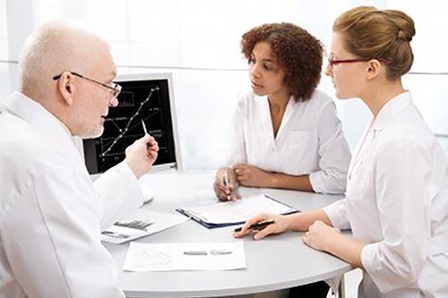 Avaliação do Uso Racional de Medicamentos nos Programas de Qualidade e Acreditação de Serviços de Saúde