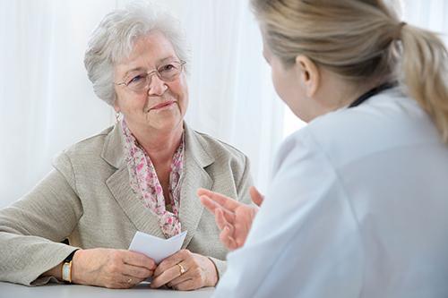 Importância e Fatores que Promovem e Comprometem o Uso Seguro e Racional de Medicamentos